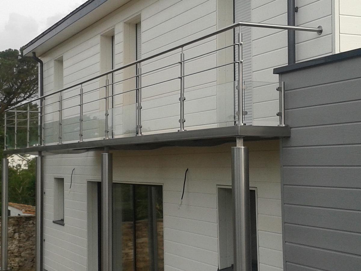 balcon inox verres et barres vct tuyauteries. Black Bedroom Furniture Sets. Home Design Ideas